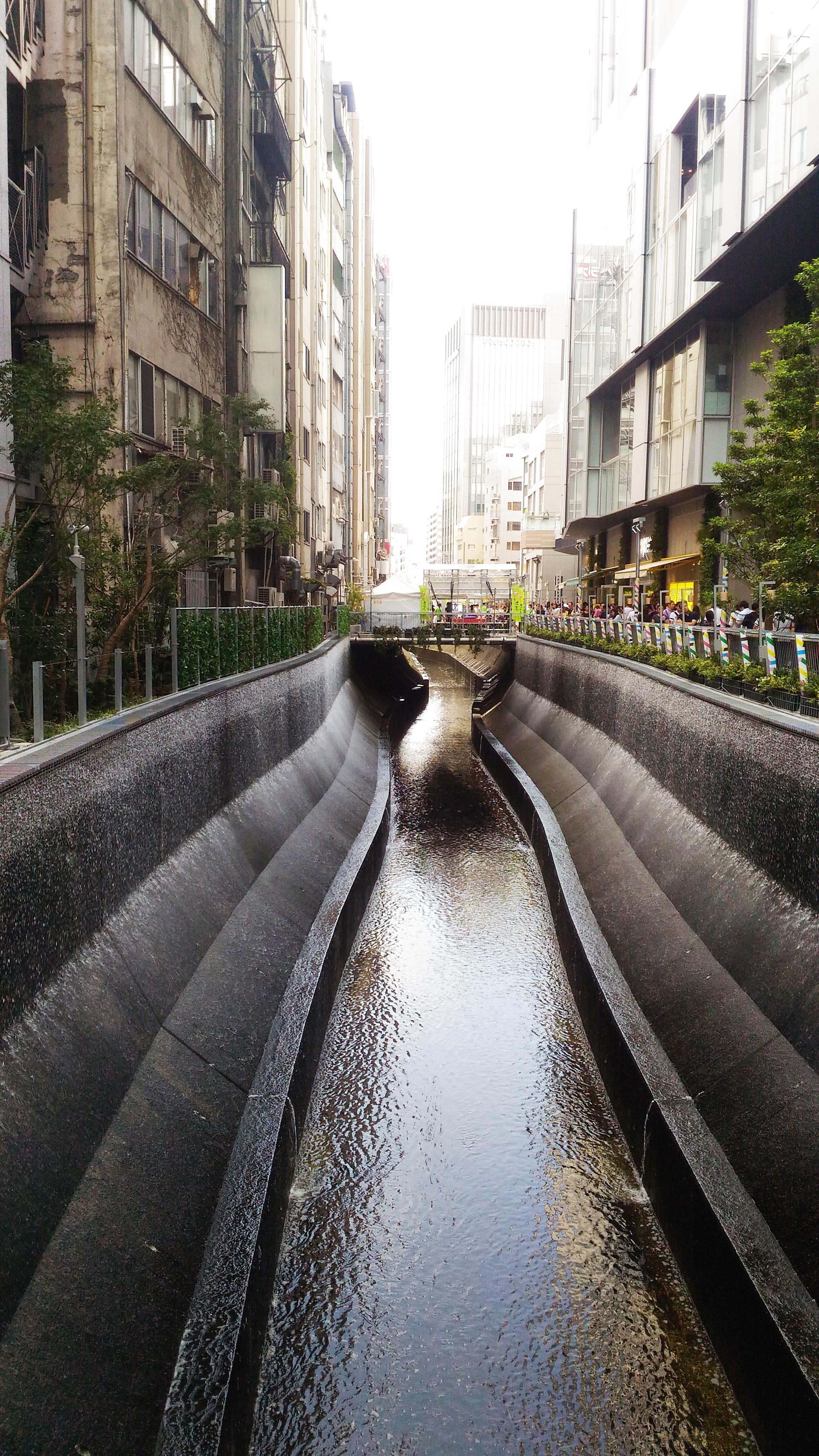 川 渋谷 渋谷川を歩く